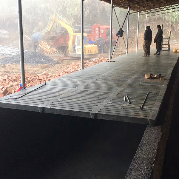 猪场水泥漏粪板安装