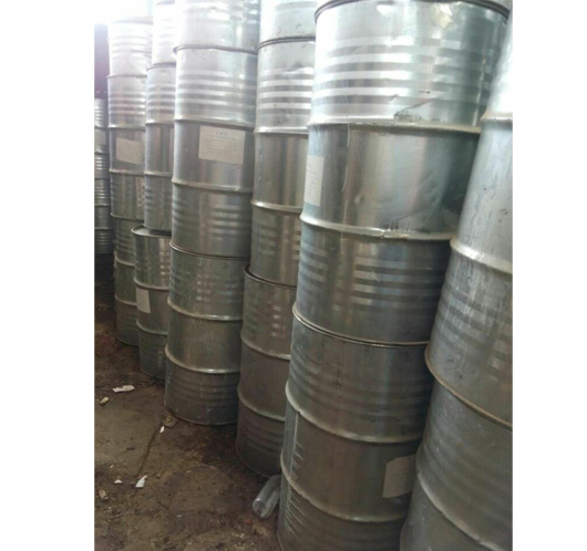 废旧油桶回收二手翻新铁桶胶桶介绍制造一个马口铁罐