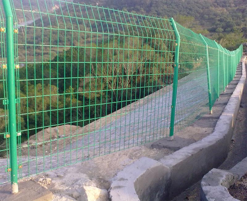 云南高速公路护栏网厂家