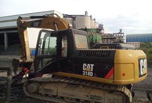 卡特挖掘机维修(318)