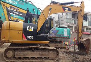 卡特挖掘机维修(313)