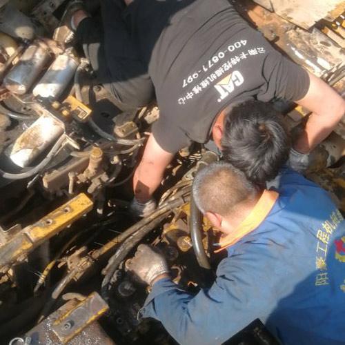 卡特挖掘机维修中心