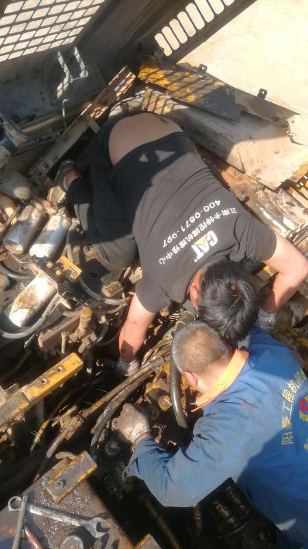 云南卡特挖掘机维修中心