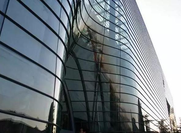 昆明玻璃幕牆漏水處理