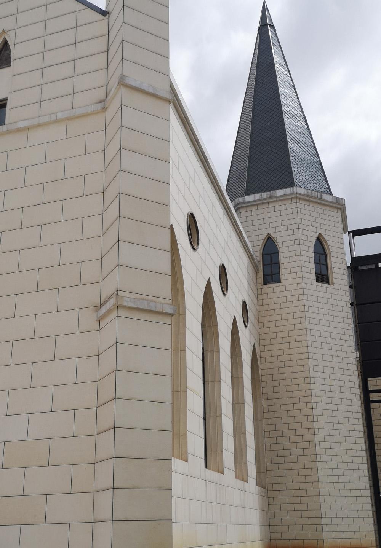 公园1903教堂幕墙更换