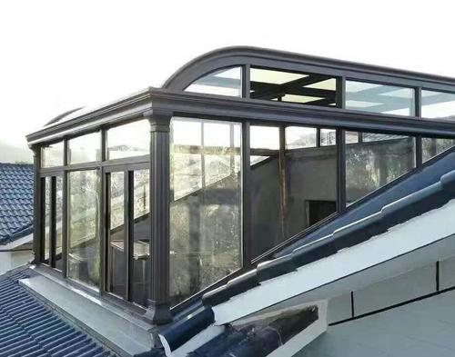 昆明万博全站客户端铝门窗生产车间