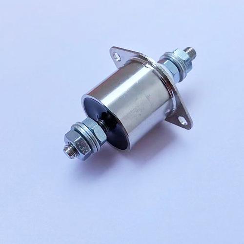 高電壓穿芯電容