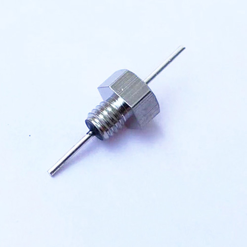 能有效地濾除高頻噪聲的穿心電容