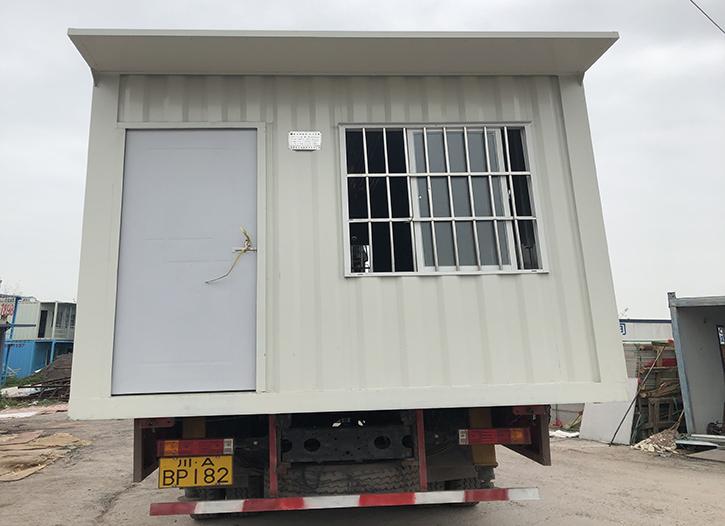 凯欣猛士生产的住人集装箱即将发往自贡工地