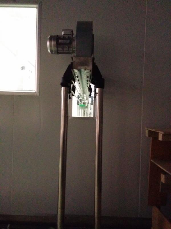 臨滄300桶小時灌裝線和100瓶小時瓶裝線
