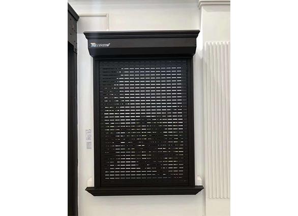 黑色外遮阳卷帘窗