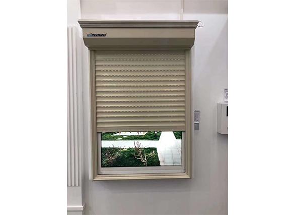 铝制外遮阳卷帘窗