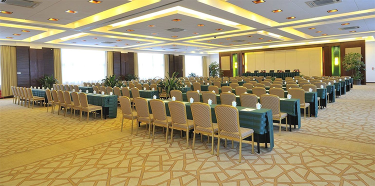 酒店会议室座位安排常见的五种酒店会议座位布置方式