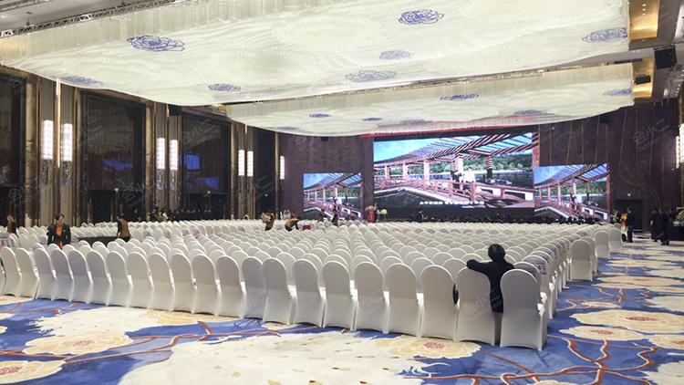 云南会议策划人员分享会议场地迎宾区布置细节