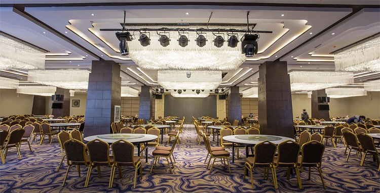 香格里拉天瑞阳光酒店-香格里拉会议酒店餐厅环境展示
