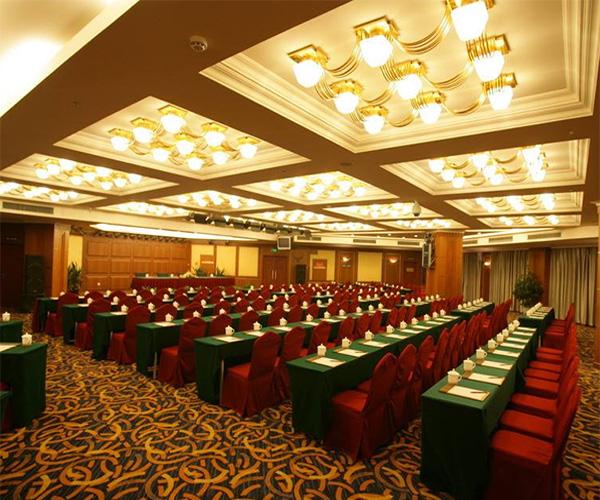 怎样才能做好大型会议酒店的服务工作呢?