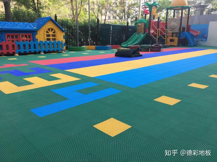 游乐场悬浮地板