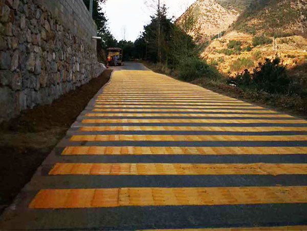 昆明减速带道路划线厂家