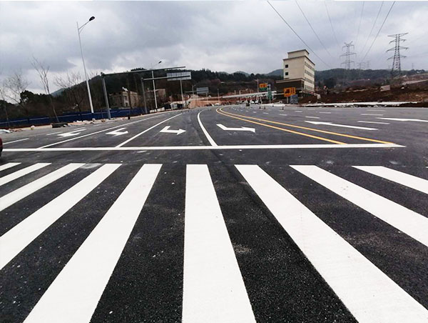 跟您介绍一下道路划线施工步骤流程
