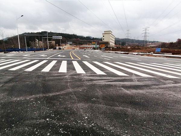 如何确保公路交通标线进度顺利完成呢