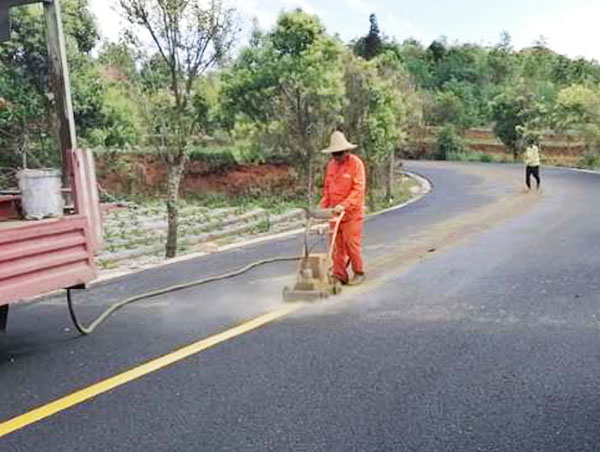 公路标线清除