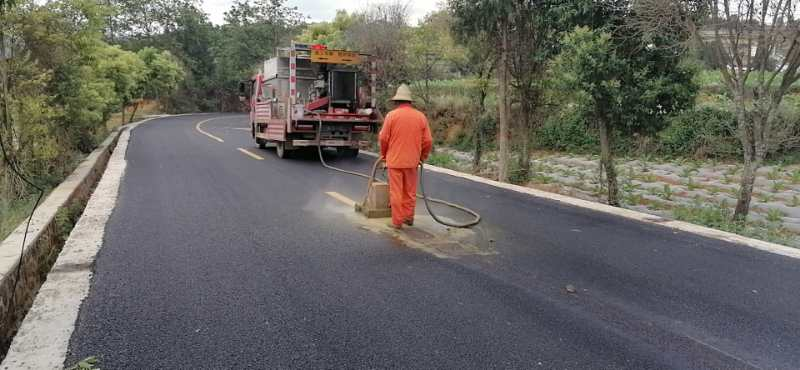 云南公路标线清除