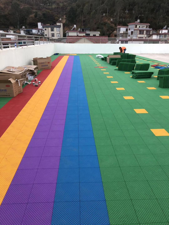 宜良某幼儿园悬浮式地板施工