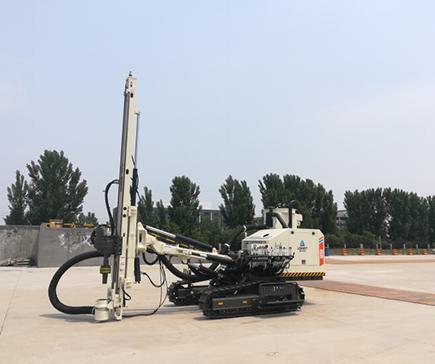 LGMRTSD150 露天潛孔鑽機