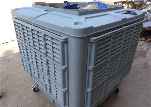 武汉水冷空调在工作时使空气降低的同时湿度是否也加大了