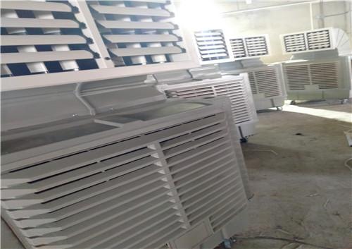 欧利达在武汉某家具厂安装了20台工业水冷空调为其解决通风降温难题