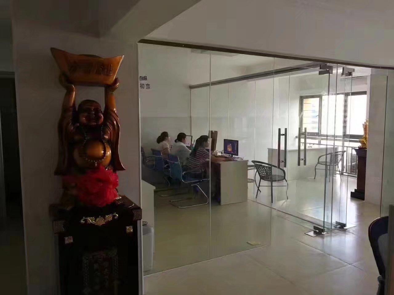 龙岗网站优化公司合作近4年的吉安富海360老代理商老兄弟乔迁大喜
