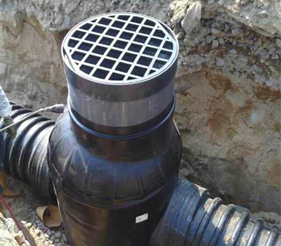 塑料管井一體化裝置
