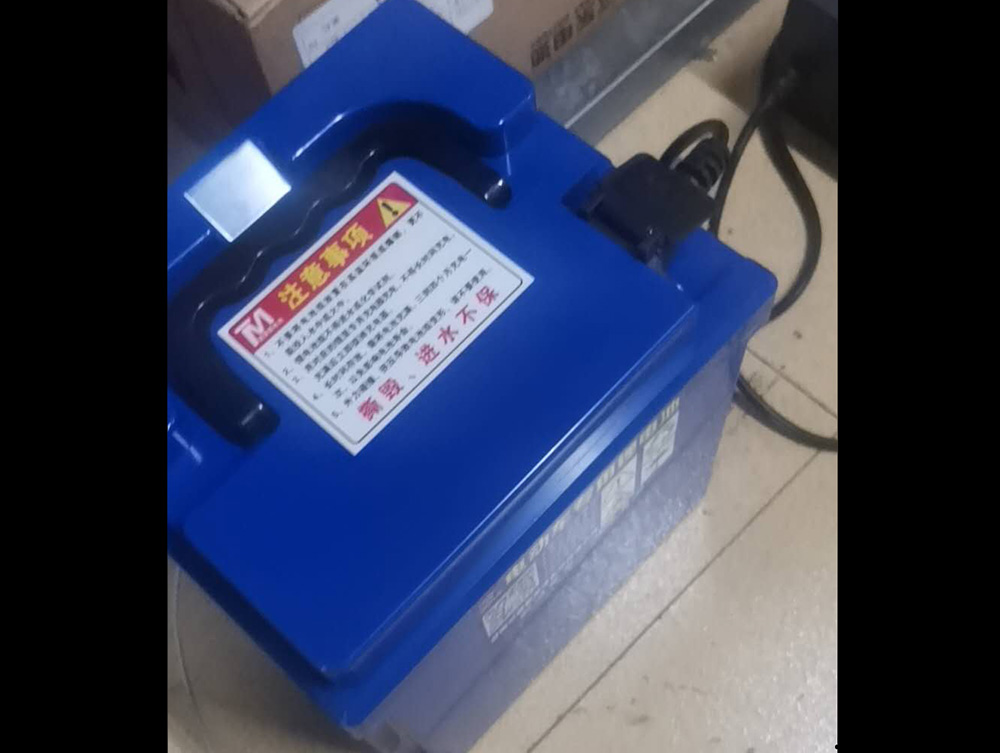 三輪車鋰電池3