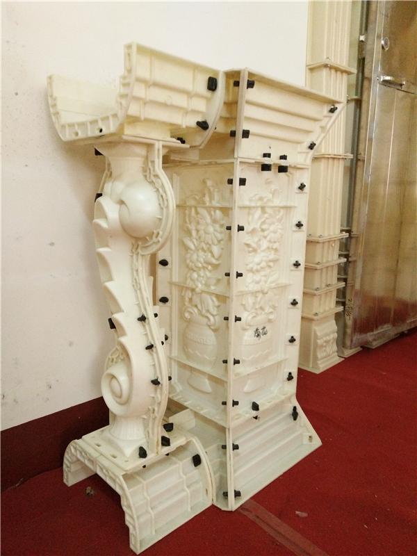 欧式建筑罗马模具设计,绘石柱是采用大理石,花岗石加工而成的建筑装饰