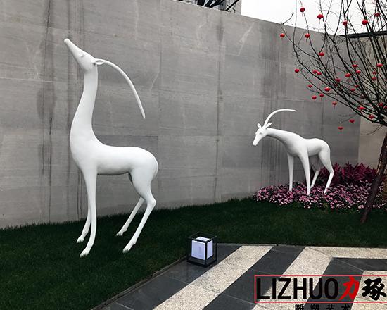 漳州地产玻璃钢雕塑