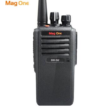 对讲机的频率在装中继台后要改吗?