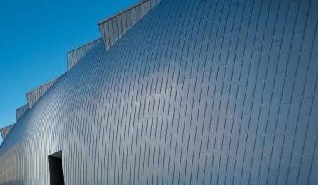 铝镁锰板表面有什么处理方法能够减小腐蚀的伤害?
