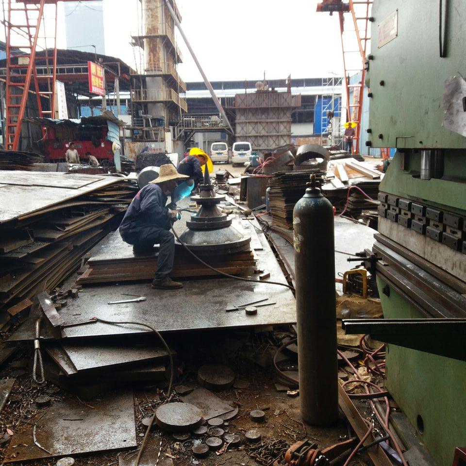 云南钢板加工厂家焊宝塔顶