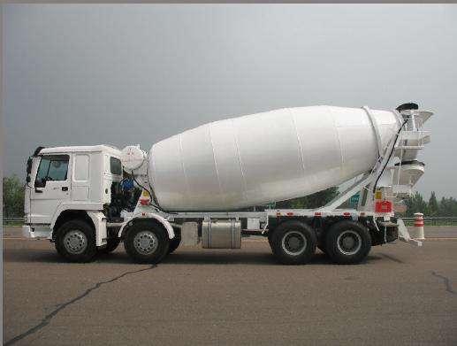 云南混泥土攪拌罐車容量是多少?