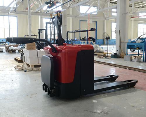 站驾式搬运车(2.0吨)
