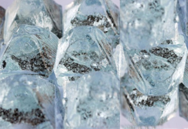 固体水玻璃