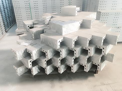 铝模板构件