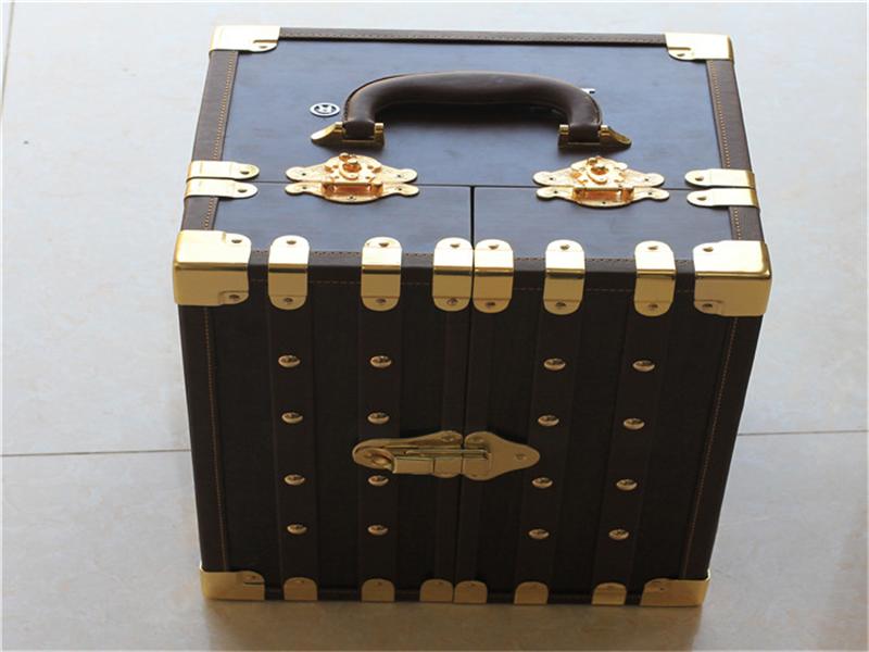 酒类包装盒-04