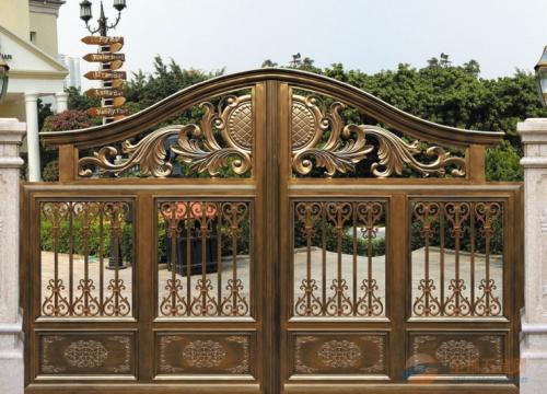 铝艺大门的设计是什么样的对应风格