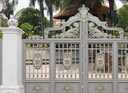 为什么别墅铝艺大门进行喷涂处理