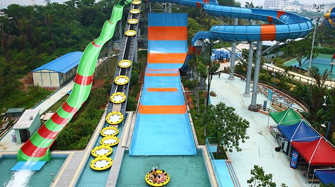 儿童玩水上乐园水滑梯设备的?#20040;?#21450;注意事项