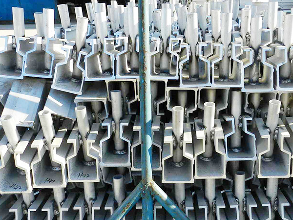 安装铝模板多少钱一平方