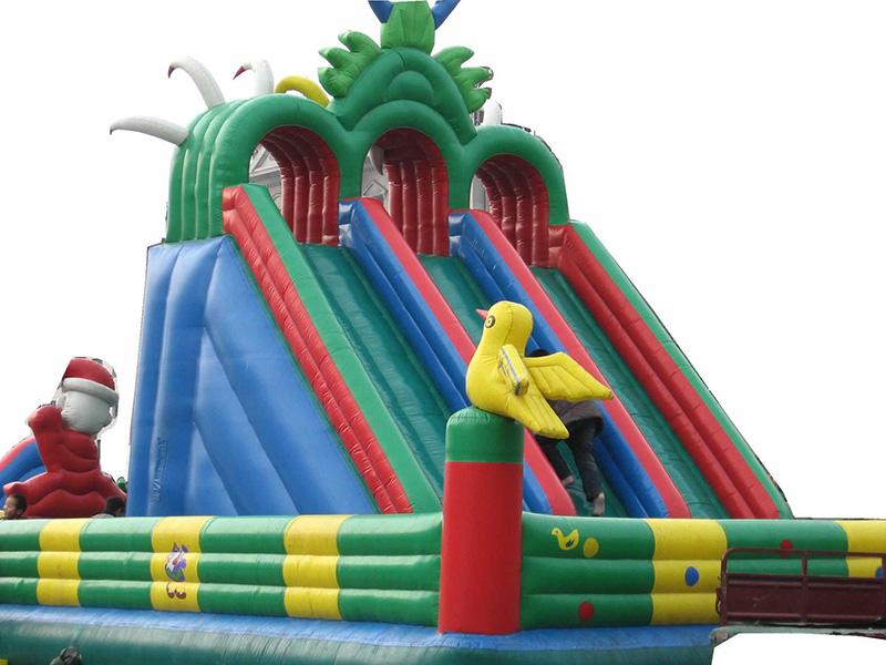 儿童室外充气城堡