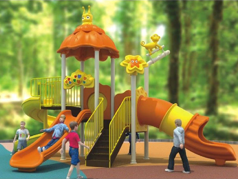 幼儿园小孩滑梯