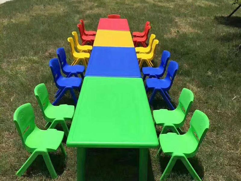 幼儿园课桌要怎样进行保养才能增长其使用寿命